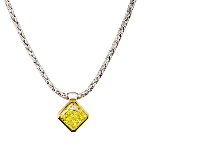 An impressive fancy colored diamond pendant necklace