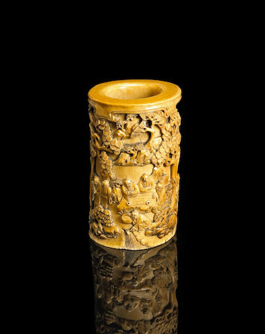 A fine ivory brushpot with figural decoration 17th/18th Century