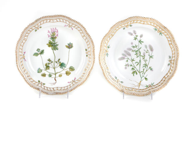 A set of twenty-nine Royal Copenhagen 'Flora Danica' dinner plates