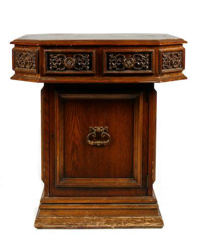 A Baroque style oak pedestal table
