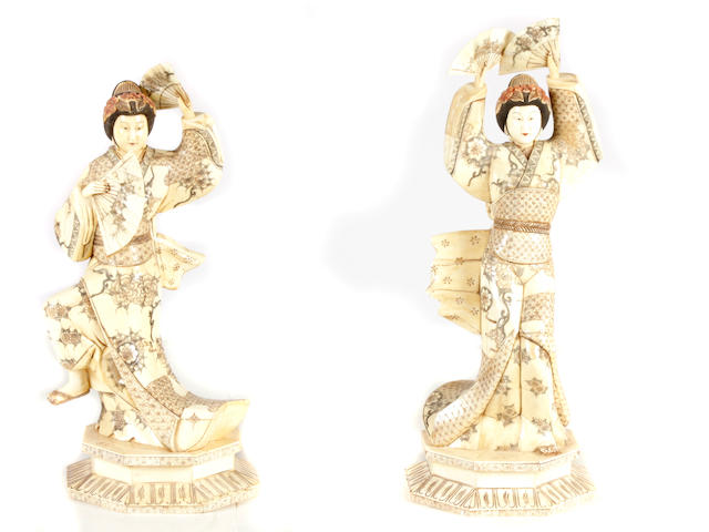 A set of four Chinese figures of dancers