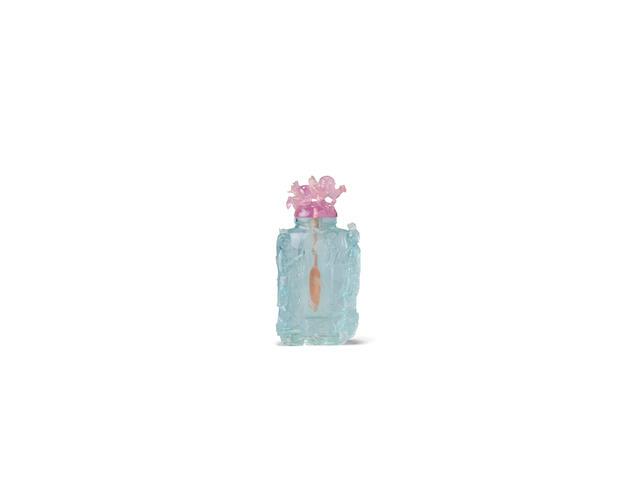 A rare and fine aquamarine snuff bottle 1860-1920