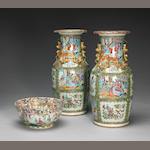 A group of three 'Rose Medallion' export porcelain containers 19th Century