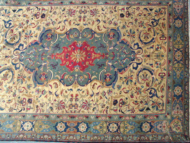 A Sivas carpet size approximately 9ft. 4in. x 12ft.