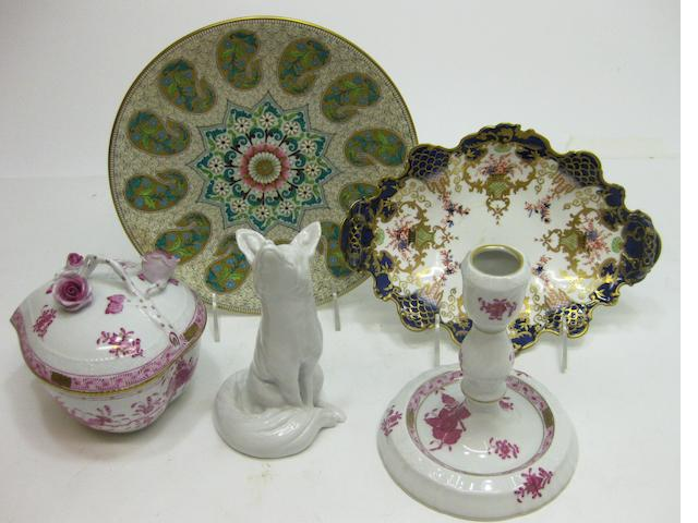 An assembled grouping of porcelain