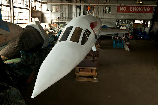 A large corporate model of a Aerospatiale - BAC Concorde supersonic jet