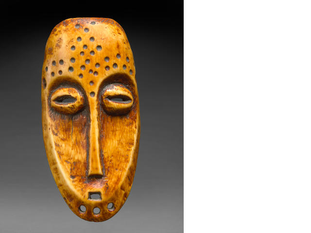 TO BE RECEIVED: Lega Ivory Mask