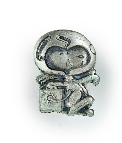 HAISE'S SNOOPY PIN FLOWN ON APOLLO 13.