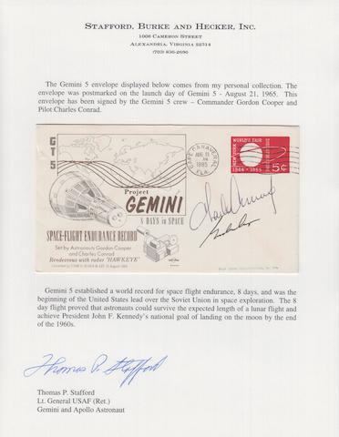 GEMINI 5 LAUNCH POSTAL COVER—CREW SIGNED.