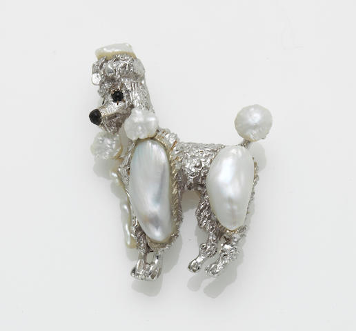 A cultured freshwater pearl poodle brooch, Ruser