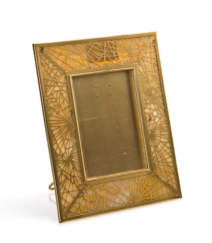 A Tiffany Studios Favrile glass and gilt-bronze Pineneedle picture frame 1899-1918