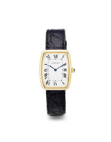 Cartier. An 18K gold shaped tonneau wristwatchSquare Incurvée, 1970's