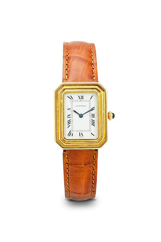 Cartier. A fine 18K gold Square wristwatch and deployant claspNo. 780950983, 1980's