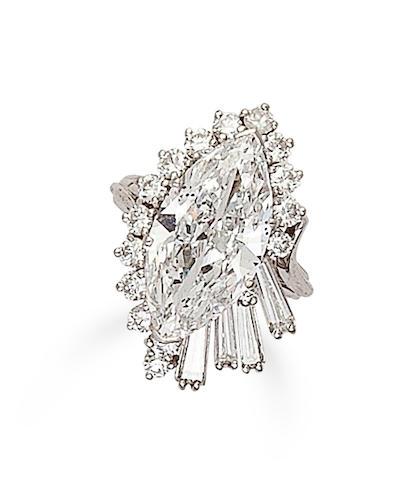 A diamond ring, Donovan & Seamans