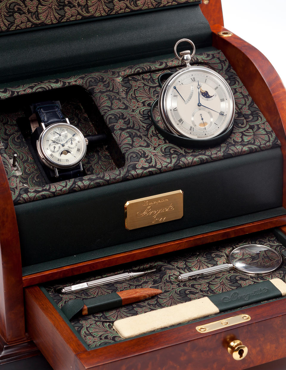 """Breguet. Souscription No. 41A set of watches comprising a very fine platinum minute repeating wristwatch with perpetual calendar and phases of the moon en suite with a very fine platinum """"Perpetuelle"""" self winding pocket watch with date, phases of the moon and power reserve indication"""