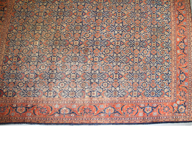 A Mahal carpet size approximately 9ft. 6in. x 12ft. 5in.