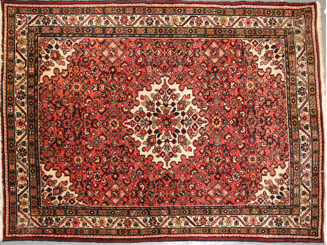 A Hamandan carpet