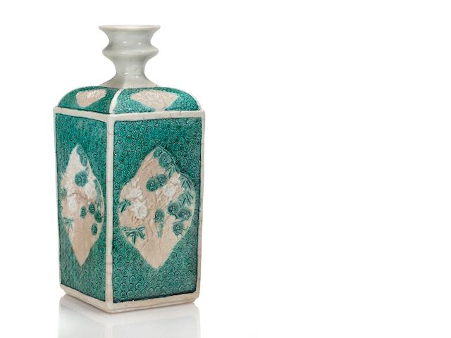 Early Kakiemon bottle
