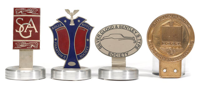 A collection of Rolls Royce Club and Enthusiasts badges,