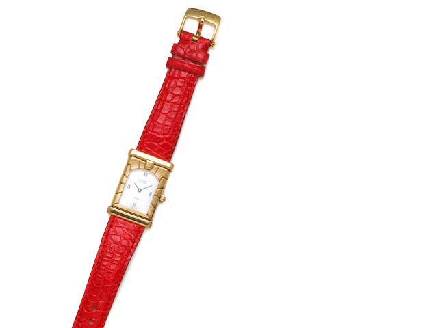 Van Cleef & Arpels. An 18k gold strap wristwatch