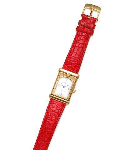 Van Cleef & Arpels. An 18k gold strap wristwatch