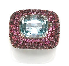 An aquamarine and pink sapphire dome ring