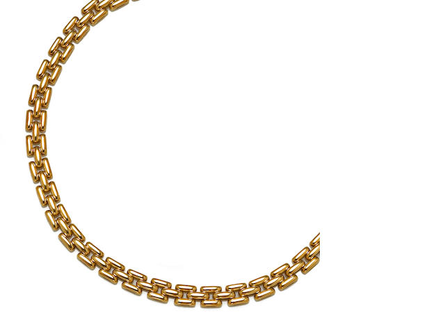 An eighteen karat gold necklace, Cartier, French