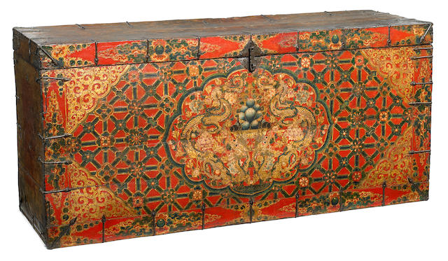 Double Dragon storage chest Tibet, 17th/18th century