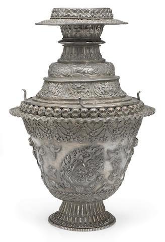 A ritual offering vase with Smashana Adipati Tibeto-Chinese, circa 18th century