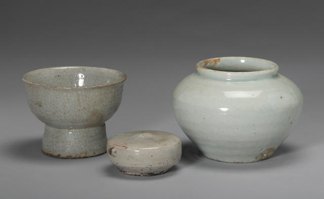 A group of three monochrome glazed Korean ceramics Late Joseon dynasty