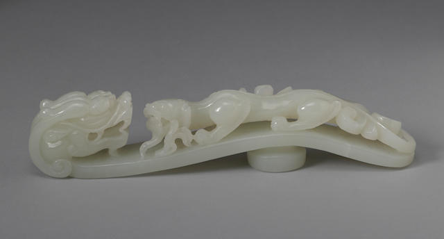 A large white jade belt hook  19th/20th century