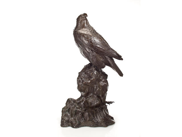 A bronze model of a falcon By Taizan Motozane III, late 19th century