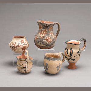Five Pueblo vessels