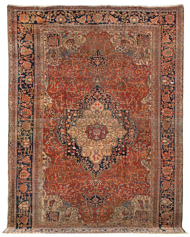 A Fereghan Sarouk carpet