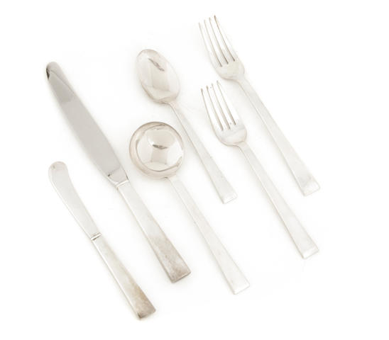 An International Silver Co. sterling silver 'Continental' flatware service for eight, Mid-20th century