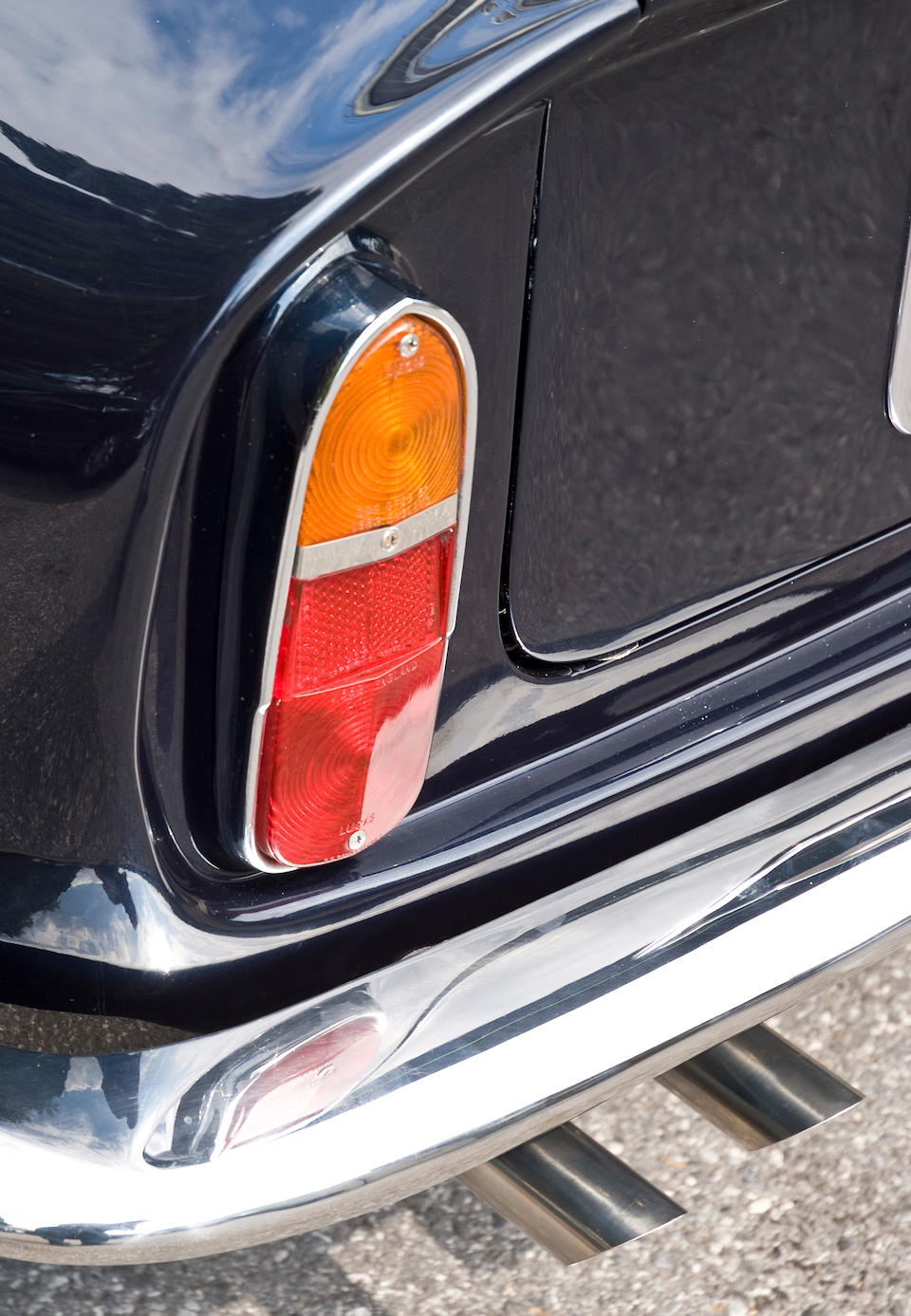 1967 Aston Martin DB6 Vantage Saloon  Chassis no. DB6/2722/L Engine no. 400/2697/V