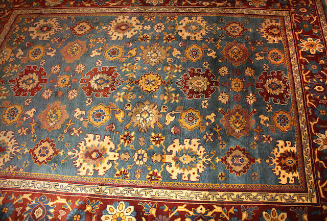 A Mahal carpet size approximately 9ft. 10in. x 12ft. 6in.