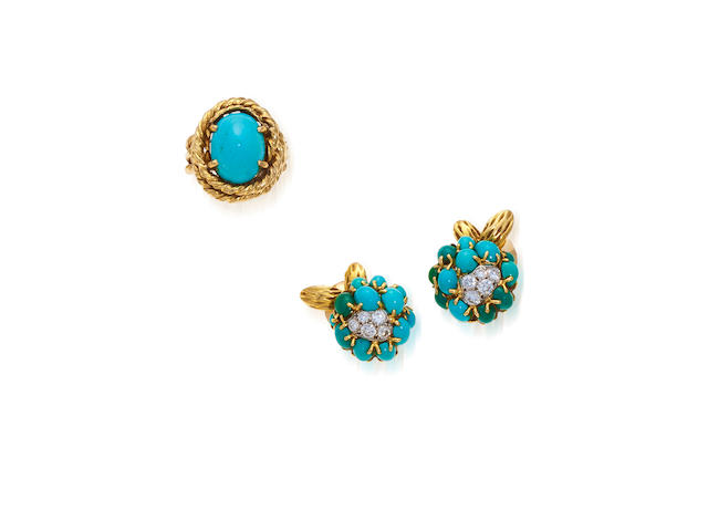 A pair of turquoise and eighteen karat gold earclips and ring, Van Cleef & Arpels,