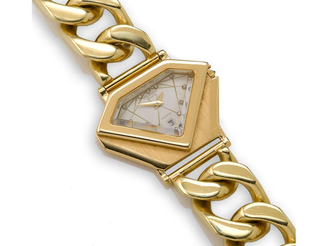 An eighteen karat gold wristwatch with curblink chain bracelet, Michalis