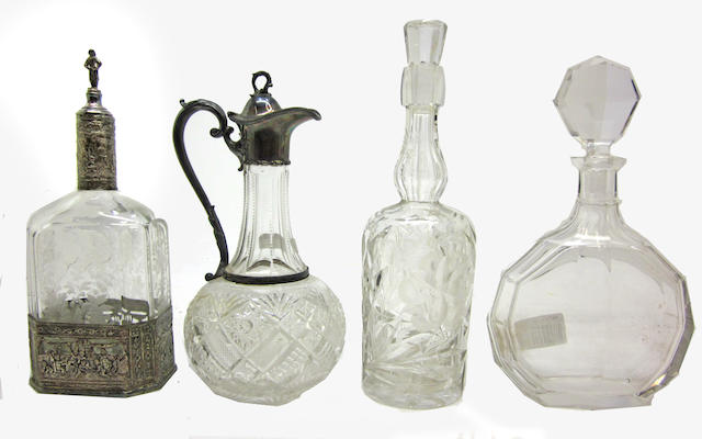 An assembled group of cut and engraved glass 19th/early 20th century