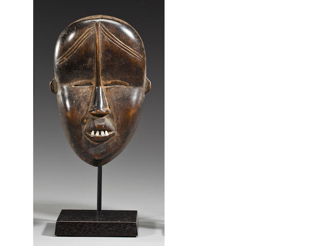 Large Dan/Bassa Passport Mask, Liberia/Ivory Coast