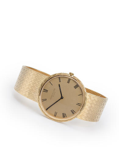 Patek Philippe. An 18K gold automatic bracelet watchRef:3588/2, Case no. 2703251, Movement no. 1280454