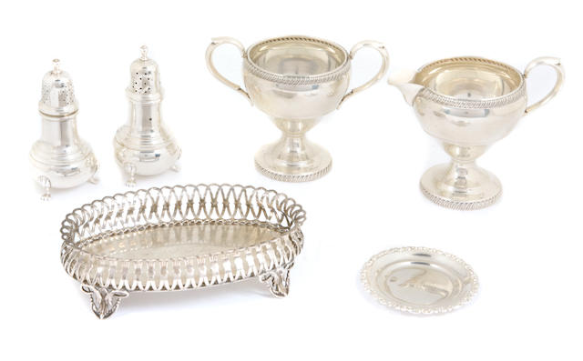 14 A group of American  sterling silver  table articles Late 19th - 20th century