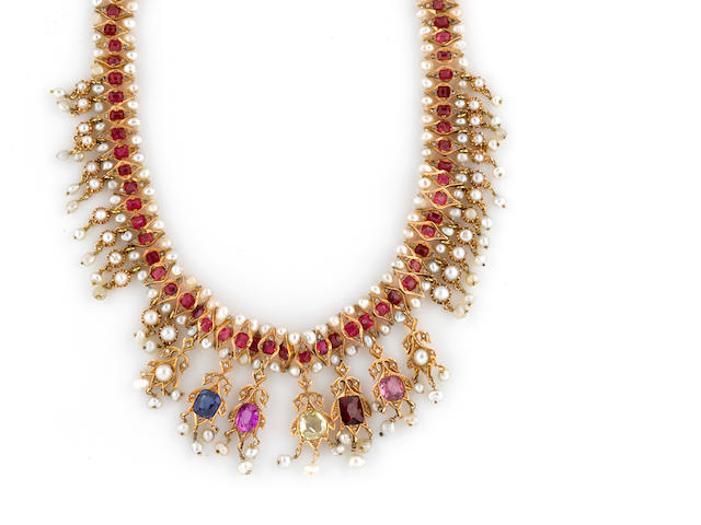 A gem-set and pearl necklace