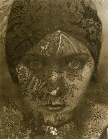 [STEICHEN, EDWARD. 1879-1973.] SANDBURG, CARL. Steichen the Photographer. New York: Harcourt, [1929].