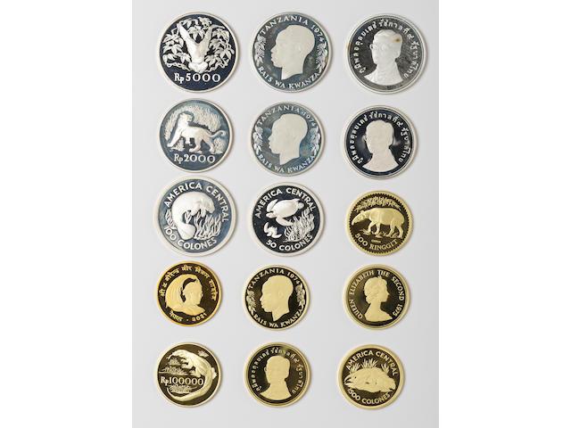 World Wildlife Gold & Silver Set