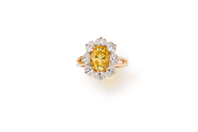 A colored diamond and diamond ring, Oscar Heyman & Brothers