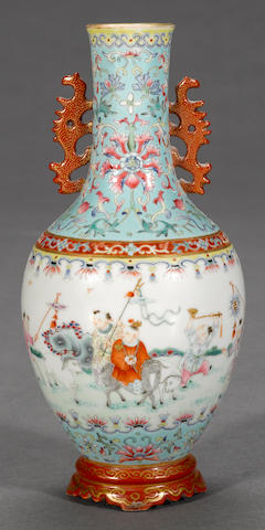 A famille rose enameled porcelain vase Qianlong mark, Republic period