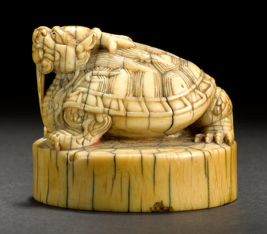 An ivory seal with mythical beast finial Qing dynasty