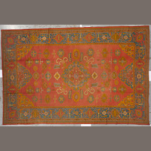A Mahal carpet size approximately 8ft. 8in. x 11ft. 8in.